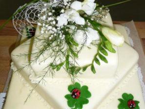 Svatební dort - čtyřlístek