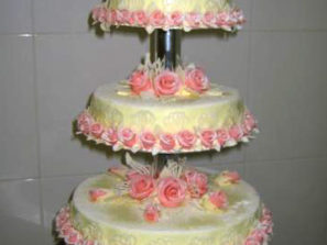 Svatební dort - čtyři patra