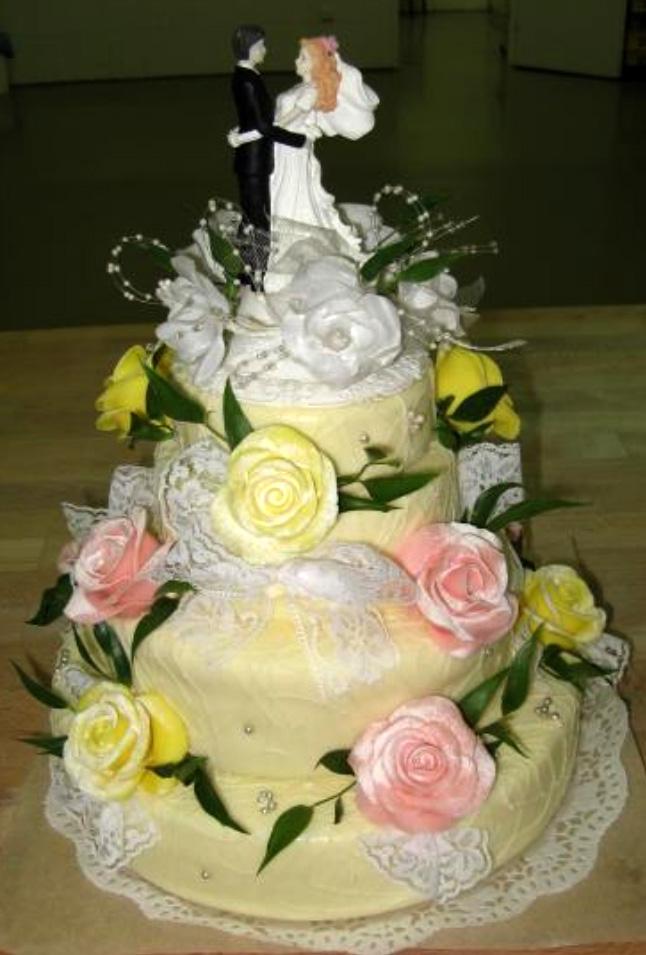Svatební dort - tři patra