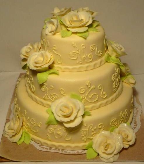 Svatební dort - žlutý