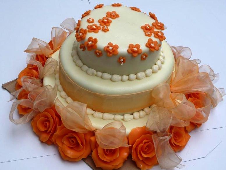 Svatební dort - oranžový