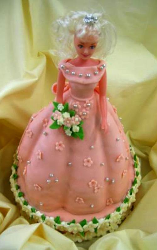 Svatební dort - růžová nevěsta