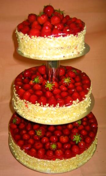 Ovocný dort Třípatrový jahoda