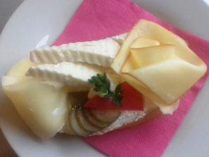 SK-005 Chlebíček Hollandia na másle
