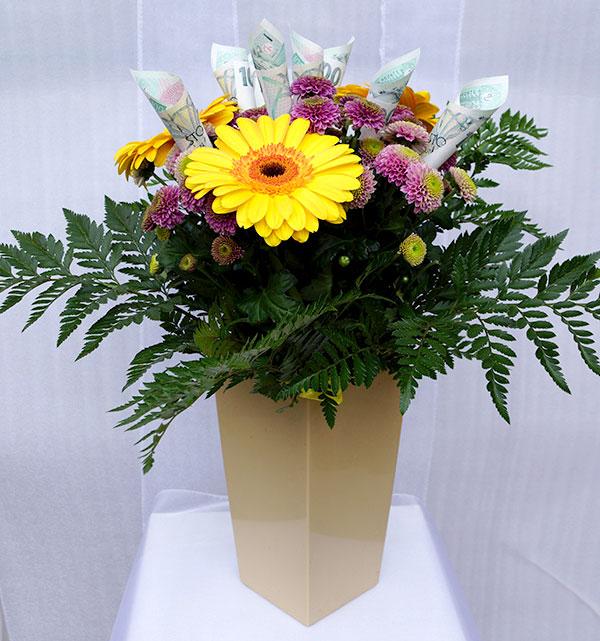 KY-613 Příležitostní kytice