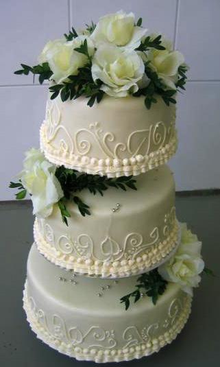 Svatební dort - bílý tři patra