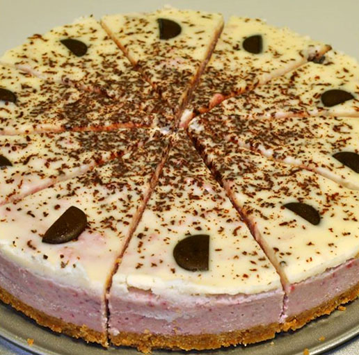 R-1073 Raw jahodový dort