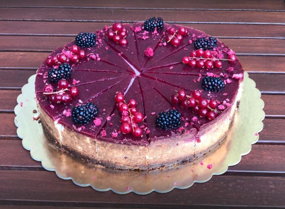 CH17-Cheesecake lesní plody